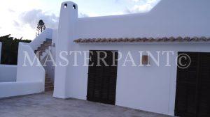 Fassade grundiert und mit CASUBLANCA Fassadenfarbe gestrichen